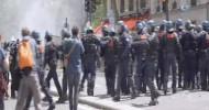 Protestocular Polisle Çatıştı