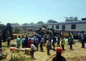 Manisa'da Korkunç Tren Kazası