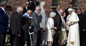 Papa, Nazi Kampını Ziyaret Etti