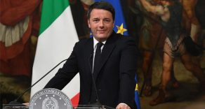 İtalya Başbakanı İstifa Etti