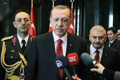 Cumhurbaşkanı Erdoğan, Karaman'daki maden kazası nedeniyle bugün akşam yapılacak olan 29 Ekim Cumhuriyet Bayramı resepsiyonunu iptal ettiklerini belirtti (Fotoğraf: Cem Geçim-İHA)
