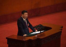"""""""Yeni Dönem"""": Çin Devlet Başkanı Xi Jinping, Parti Kongresinde Siyasi Muhaliflere Gözdağı Verdi"""