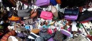 Çin'de 1 Milyar Yuan Tutarında Sahte Louis Vuitton Ele Geçirildi