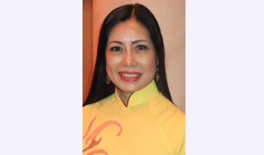 Vietnam asıllı Elizabeth Nguyen Shen Yun'u izleyen seyirciler arasındaydı. (Ming Chen/Epoch Times)