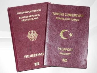 Almanya'dan Türk Gençlerine Çifte Vatandaşlık Hakkı