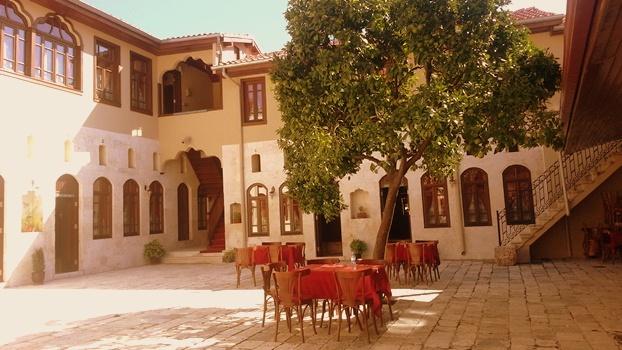 Aromatik ve şifalı Bitkiler müzesi için eski bir Antakya evi kullanılmış. Fotoğraf: Epoch Times Çiğdem Akdeniz