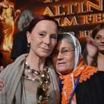 """Arslanköylü Kadınlar Tiyatro Topluluğu """"Yün Bebek"""" ile Çığır Açtı"""