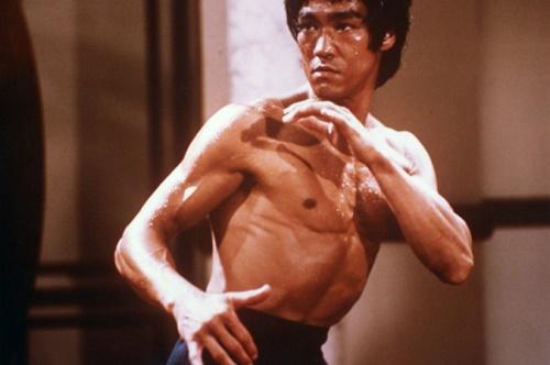 """Bruce Lee """"Enter the Dragon"""" filminde. (BAMcinématek/Photofest)"""