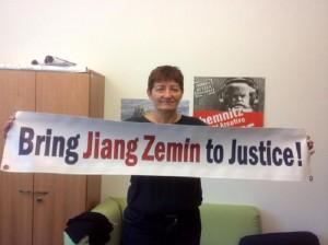 Almanya AP üyesi Dr. Cornelia Ernst, Jiang aleyhine açılan davaları destekledi