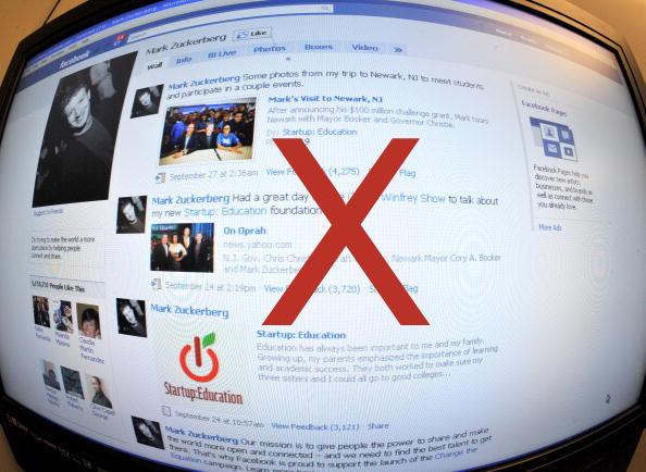 İnternet Yasağı Cumhurbaşkanının Kararını Bekliyor (KAREN BLEIER/AFP/Getty Images)