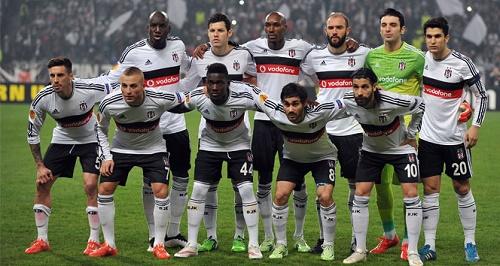UEFA Avrupa Ligi 2. tur rövanş maçında Beşiktaş İngiliz rakibi Liverpool'u penaltı atışları sonucu 6-4 mağlup etti. Bu sonucun ardından Türkiye, UEFA ülkeler sıralamasında 12. sıradaki yerini garantiledi (İHA)