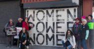 Los Angeles'ta Kadınlar Donald Trump'ı Protesto Etti